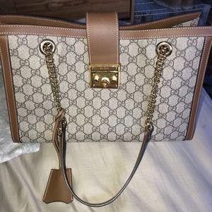 943ae73581e Gucci Bags - Gucci Padlock Med GG Supreme Canvas Shoulder Bag